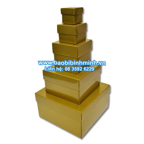 Hộp giấy nắp chồng bóng vàng ( 5 kích cỡ)