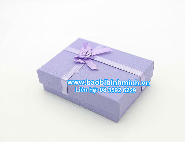 Hộp quà tặng cao cấp tùy chỉnh theo yêu cầu khách hàng