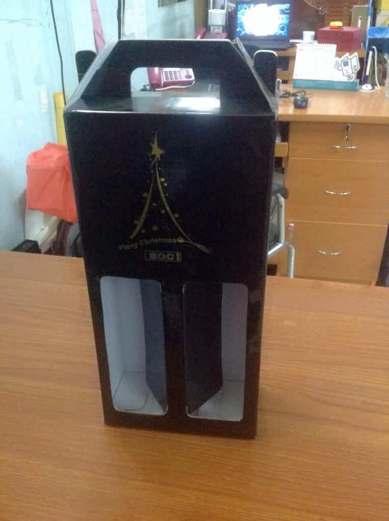 Hộp carton 3 lớp sóng E cao cấp đóng gói rượu