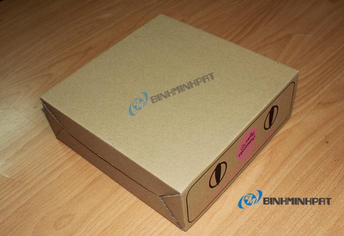 Hộp carton in flexo với đáy gài chắc chắn