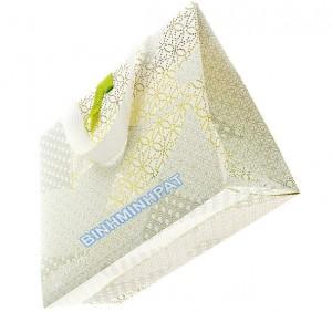 túi giấy mỹ thuật thời trang đẹp mắt