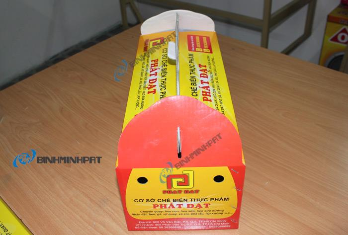thùng carton đựng heo quay 04