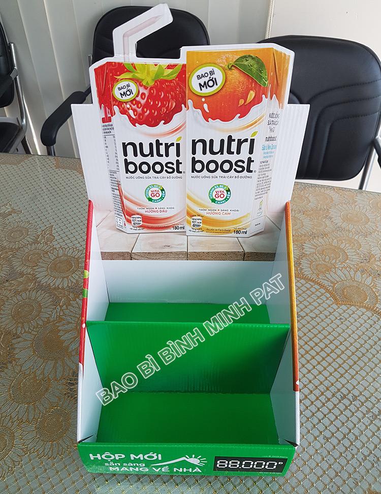 Kệ giấy trưng bày sữa Nutri boost - hinh 5